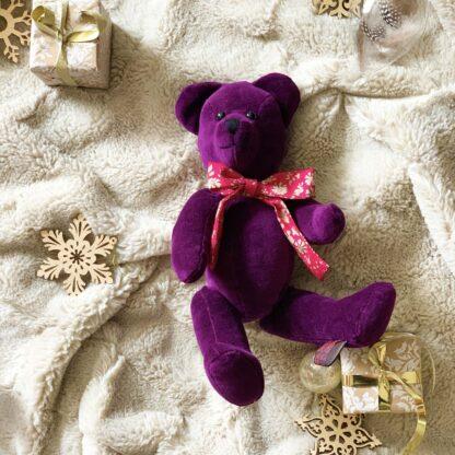 Cranberry gift bear